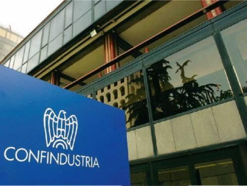 Il monito di Confindustria: manovra migliorabile  Modificare l'Iva, no al contributo di solidarietà