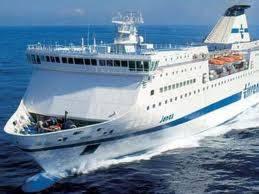 Bari, falso allarme bomba su un traghetto  Solo tanta paura per i 250 passegeri
