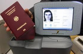 """Australia, ora per i trans   la """"x"""" sul passaporto  contro le discriminazioni"""