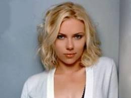 L'Fbi indaga sulle foto rubate alla Johansson Più di 50 vip sotto l'attacco degli hacker