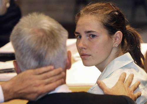 """Mez, chiesto l'ergastolo  per Amanda e Raffaele  E ai periti: """"Voi incapaci"""""""