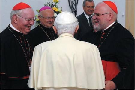 Ratzinger si dimette?  E' giallo in Vaticano
