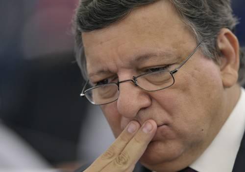 """Crisi, Barroso rassicura:  """"Grecia in Eurozona""""  Piazza Affari resiste"""