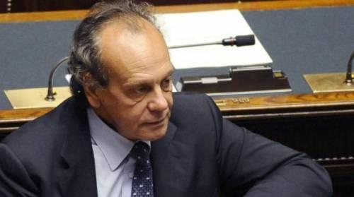 """Giustizia, Nitto Palma contro i magistrati vip:  """"Offendono e rilasciano troppe interviste"""""""