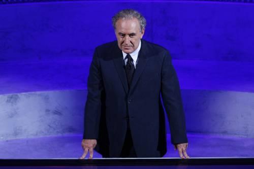 "Ora Santoro batte cassa:  ""Mandatemi dieci euro"""