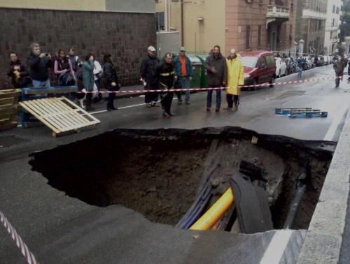 Maltempo, Genova in ginocchio Sei vittime: due sono bambini