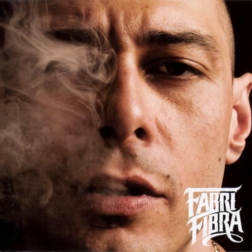 """Fabri Fibra: """"Basta aggressività,  canto guerra e pace dell'animo"""""""