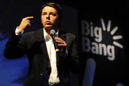Nessun giovane al governo Ma da Renzi niente critiche...