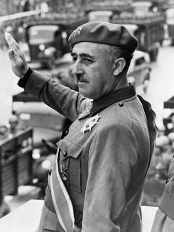 L'ultima beffa di Zapatero: le spoglie di Francisco Franco siano traslate dal mausoleo