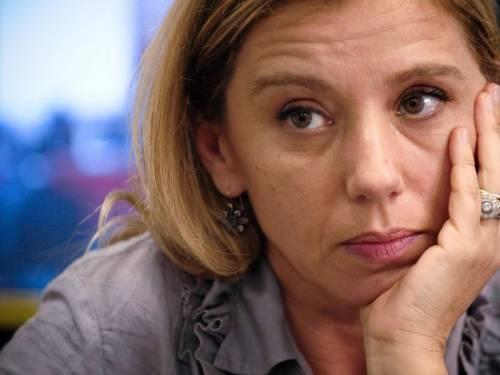 """Guzzanti contro De Gregorio La comica accusa su Twitter: """"Non hai dato una notizia"""""""