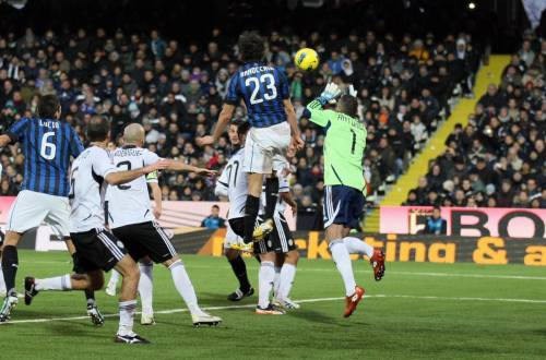 L'Inter chiude le porte in faccia. La difesa guida la sua rincorsa