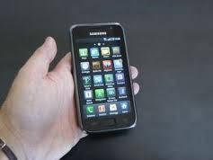 Acquisti su internet: ordina un iPhone, e gli arriva un mattone