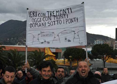 Fincantieri, occupato l'aeroporto di Genova Proteste a Palermo