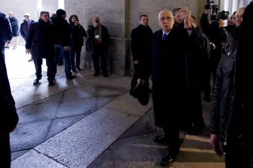 """Monti difende i blitz anti evasione """"Chi evade ruba dalle tasche degli italiani"""""""