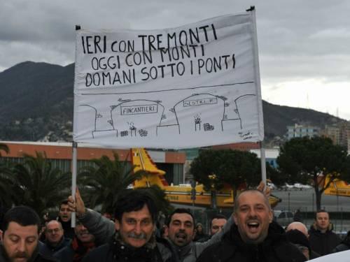 Sciopero di Fincantieri blocca la sopraelevata Traffico in tilt a Genova