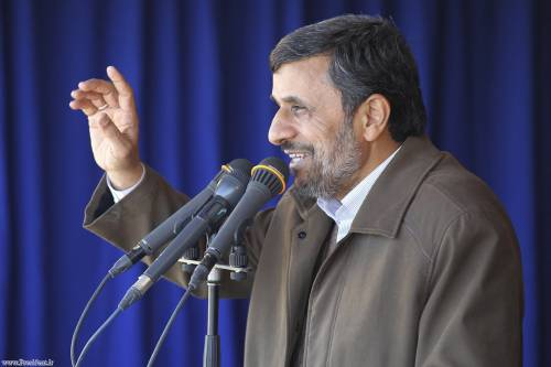L'Iran blocca la vendita di petrolio alle compagnie francesi e britanniche