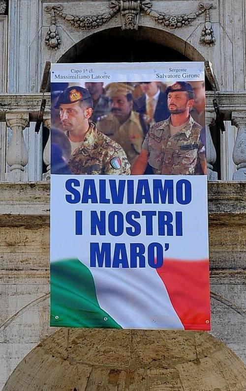 Il sindaco di Milano Pisapia  preferisce i marò in galera