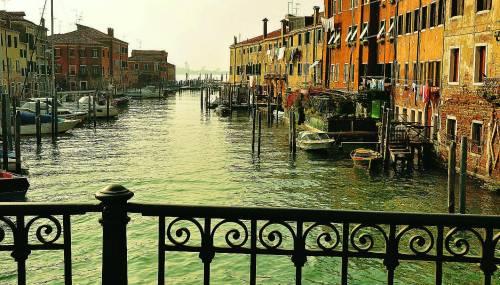 Giudecca nuova Soho di Venezia con il Molino Stucky e la cultura
