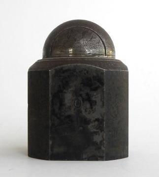 Da Walter Voulaz in mostra oggetti «in nome dell'amore»
