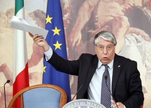 """Dimissioni, Giovanardi: """"Non firmerò la lettera"""""""