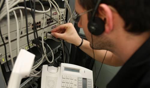 Il business dei telefoni invisibili
