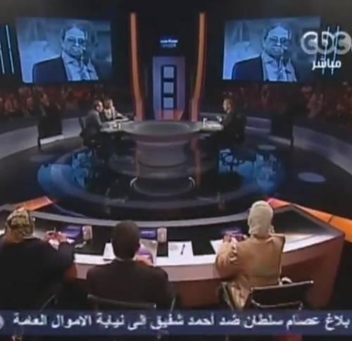 """Il """"Porta a porta"""" egiziano  accende la corsa elettorale"""
