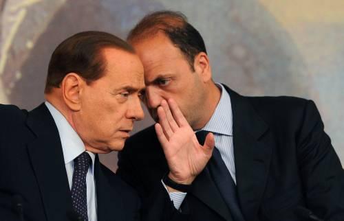 Berlusconi torna in campo. Caccia alla donna che correrà con lui