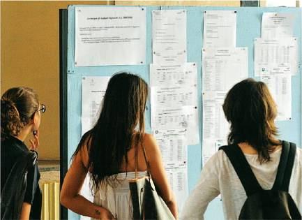 """Province contro Monti: """"Con i tagli a rischio l'apertura delle scuole"""""""