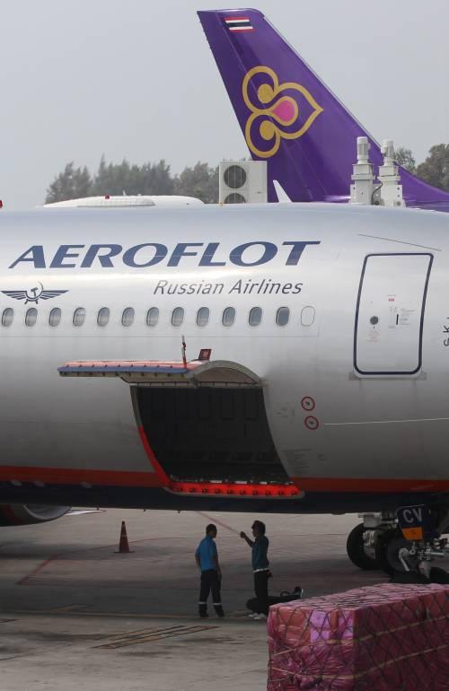 Paura sul volo New York-Mosca: atterraggio di emergenza in Islanda per un allarme bomba