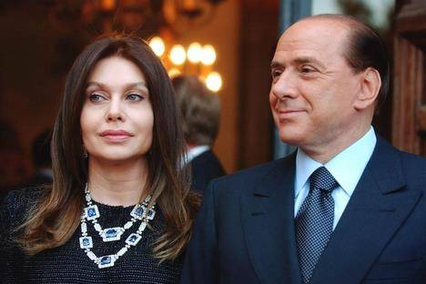 Tra Veronica e Silvio la causa di separazione va avanti