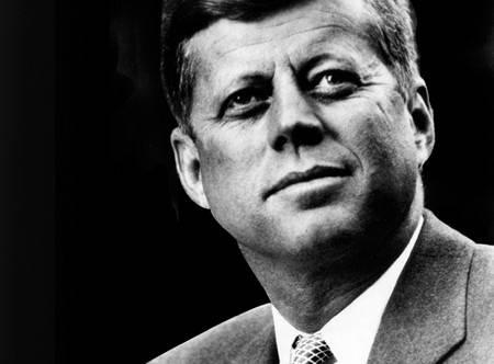 Libro svela un giovane Kennedy che lodava il fascismo ed era affascinato da Hitler