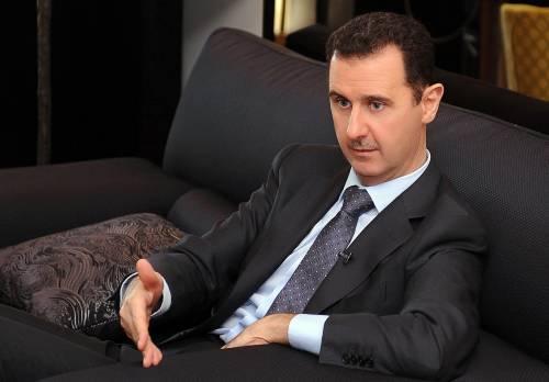 """Siria, Assad parla alla nazione: """"Nessun negoziato coi fantocci creati dai paesi dell'Occidente"""""""