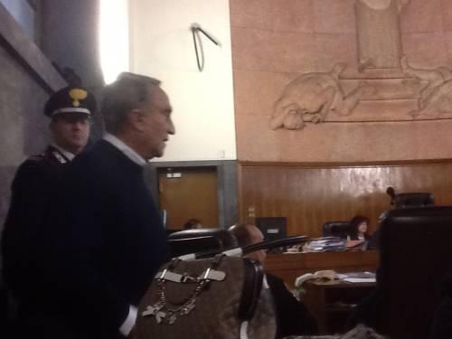 Emilio Fede in aula testimonia al processo Ruby