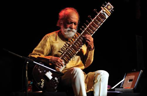 Morto Ravi Shankar: maestro del sitar in scena anche a Woodstock