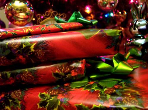 Regali di Natale: ecco il vademecum  per evitare le truffe online