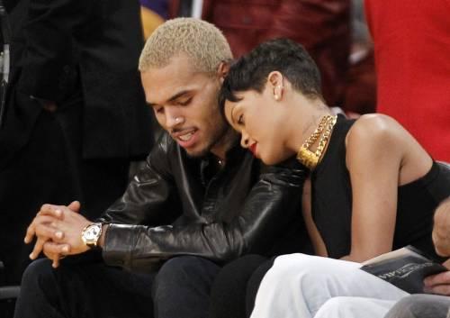 Rihanna e Chris Brown a una partita NBA