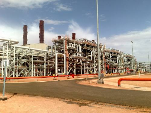 Algeria, assalto a campo petrolifero Sarebbero 41 gli ostaggi stranieri