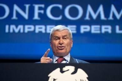 """""""Sull'aumento dell'Iva niente guerre di parte È a rischio la ripresa"""""""