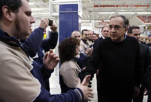 L'ad di Fiat Sergio Marchionne applaudito a Grugliasco