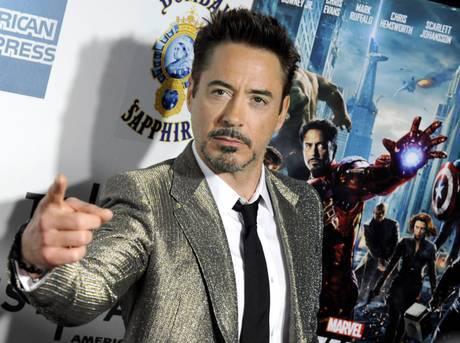 """L'infanzia pericolosa di Robert Downey Jr: """"Mi facevo insieme a mio padre"""""""