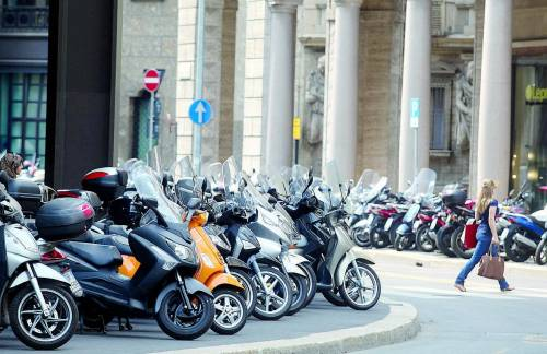 A Milano arriva lo scooter sharing