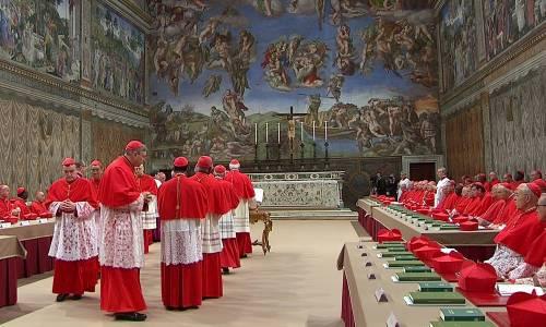 """Pubblicata la correzione formale a papa Francesco: """"Ha detto 7 eresie"""""""
