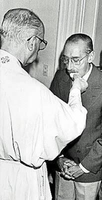 Ombre e bufale su Bergoglio durante la dittatura di Videla
