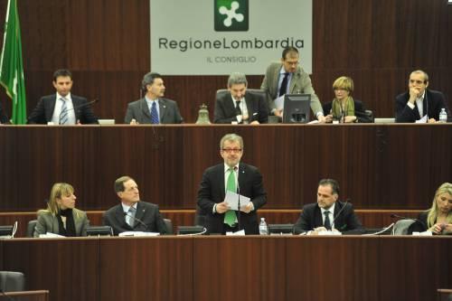 Il governatore Roberto Maroni parla al Consiglio regionale