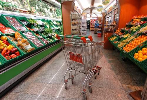 Inflazione, minimi dal 2009. Meno cari prodotti del carrello della spesa