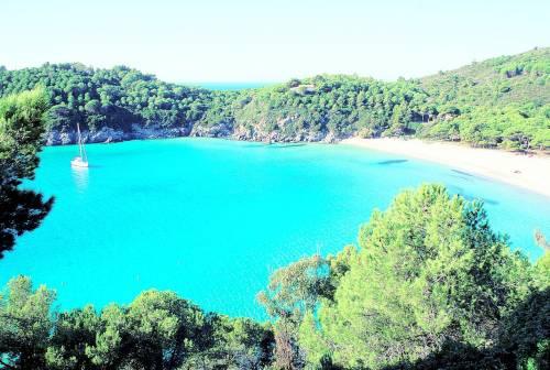 Mare blu e fasti napoleonici da vivere e godere nel silenzio