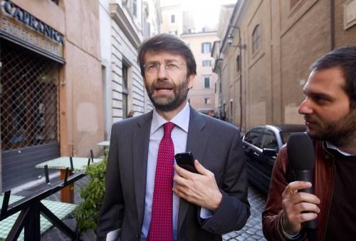 """""""Votate la mia compagna"""". Sms di Franceschini pubblicato da Grillo"""