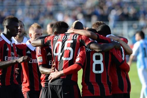 Milan, poker facile facile. E Mario fa festa con 2 gol