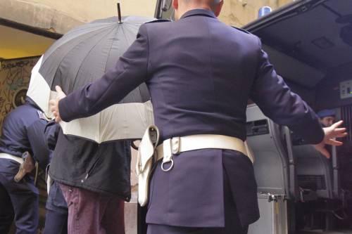 Il metodo anti-Silvio: due pesi due misure