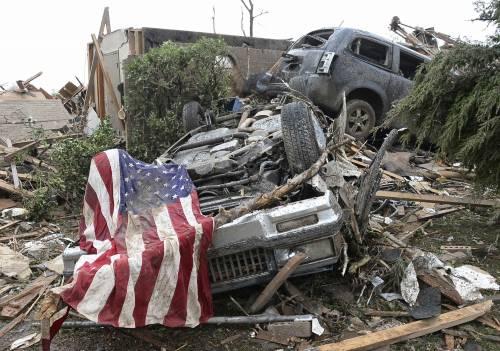 Tornado a Oklahoma City: oltre 90 morti